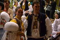 K tanci v Březolupech vyhrávala Staroměstská kapela a Bálešáci.