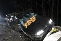 Na hlavním tahu I/50, u Starých Hutí, došlo k velmi vážné dopravní nehodě dvou aut