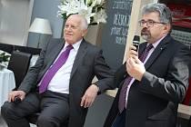 V rámci své návštěvy Slovácka se v Uherském Hradišti Václav Klaus setkal také s obyvateli tohoto města.
