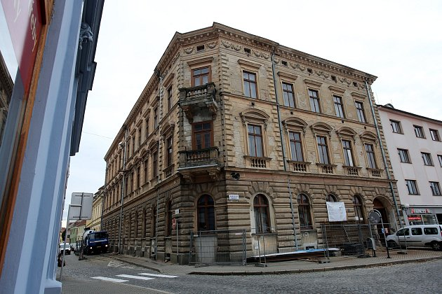 Budova ZUŠ na  Mariánském náměstí v Uherském Hradišti.