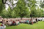 V pondělí 6. července sloužil svou první mši svatou na Svatém Antonínku Lhoťan Vojtěch Radoch. Věřící zaplnili poutní místo.