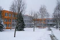 Zateplení se dočkají i stropy školy