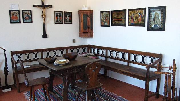 V sednici je nejvzácnější stůl ze 17. století.