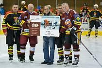 Hokejové legendy pražské Sparty bavily Uherský Ostroh.