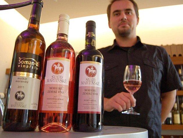 Petr Gallia z Vinariusu s letošními svatomartinskými víny.