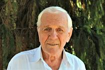 Josef Jančář se dožívá 90 let.