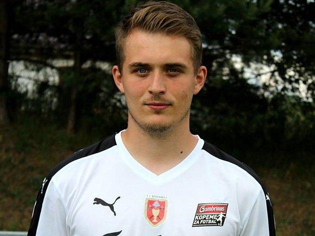 Čtyřiadvacetiletý fotbalista Jan Hyrák od začátku kariéry hájí pouze barvy nedakonického Sokola.
