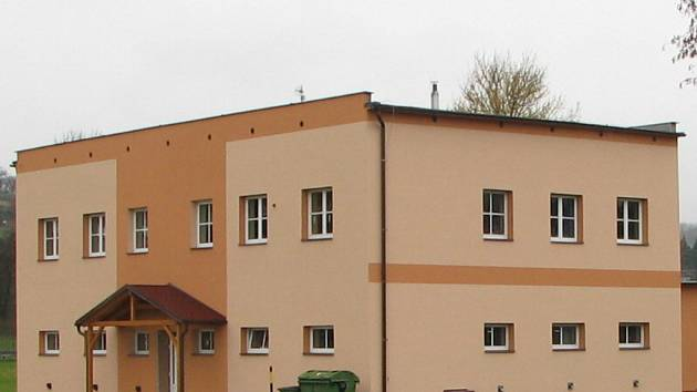 Po opravách vnějšku budovy už radní přikročili i k rekonstrukci interiéru.