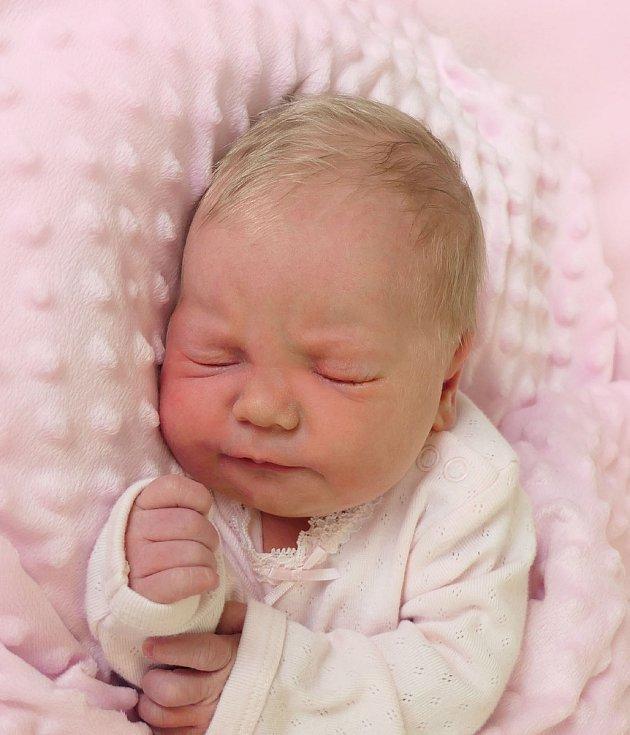 Emilly Roubínková, Babice, narozena 6. dubna 2021 v Uherském Hradišti, míra 51 cm, váha 3900 g