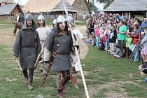 V Archeoskanzenu Modrá se o víkendu konal historický festival Veligrad 2012