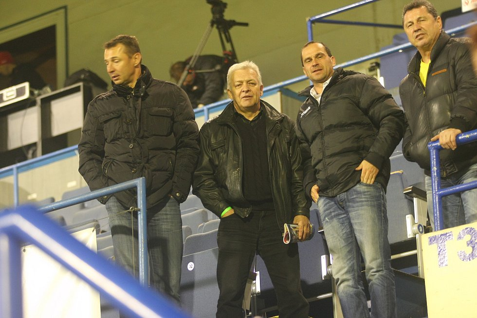 Dlouholetý fotbalový masér Jaroslav Marx, který dříve působil v Ostravě nebo v Karviné, si angažmá na Slovácku užívá.