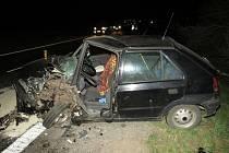 Dopravní nehoda u Huštěnovic si vyžádala dvě zranění.