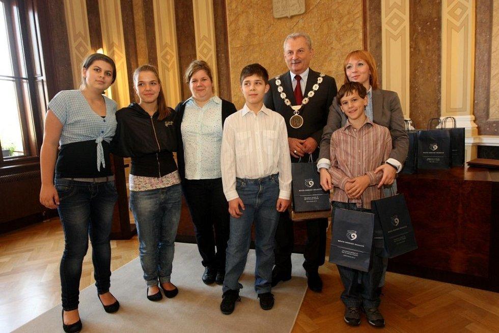 Slavnostní přijetí zástupců mezinárodního projektu Comenius na radnici v Uherském Hradišti.