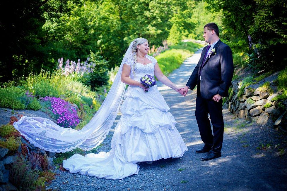 Soutěžní svatební pár číslo 152 - Hana a Jan Davidovi, Troubelice u Uničova