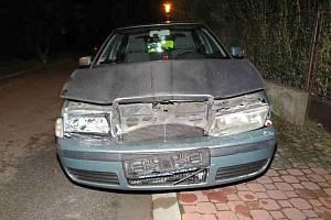 Pět aut poškodil při jízdě Hradištěm neznámý řidič Škody Octavia.
