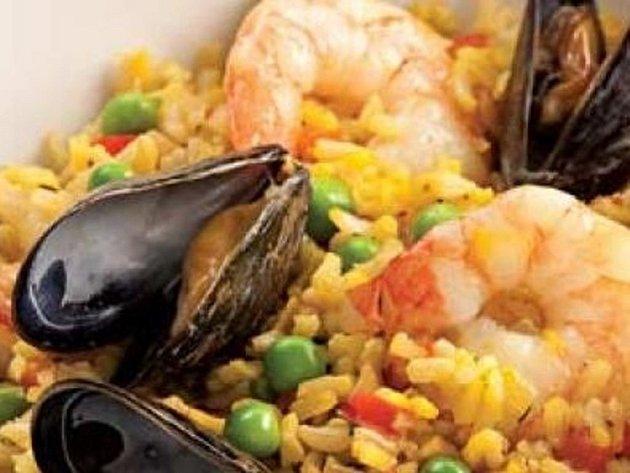 Španělská kuchyně: paella.