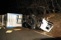 Smrtelná dopravní nehoda se odehrála 45 minut po půlnoci z úterý na středu 9. února u motorestu Rasová.