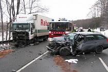 Na hlavním silničním tahu I/50, v kopcích mezi obcí Stupava a Buchlovice, došlo k těžké dopravní nehodě