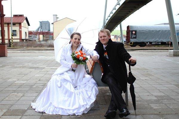 Soutěžní svatební pár číslo 13 - Klára a Vladimír Stojaspalovi, Dolní Němčí