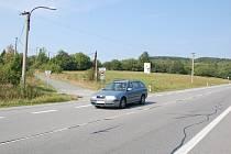 Chataři z Trnávek by uvítali, kdyby silnice v blízkosti jejich zóny byl přechod pro chodce nebo nová cyklostezka.
