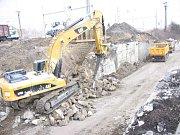 Rekonstrukce mostu začala.