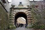NA HRADĚ. Brána Buchlova se veřejnosti otevřela už na Velký pátek.