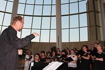 Smíšený celorepublikový sbor zazpíval ve Starém Městě