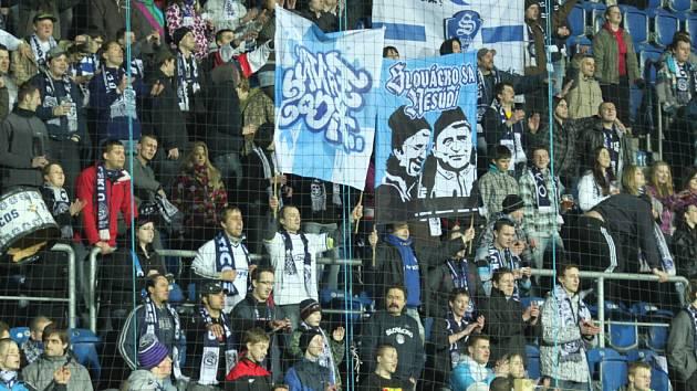 Fanoušci Slovácka svůj tým opět neúnavně hnali dopředu a po dlouhé době si užili nakonec radost z vítězství.
