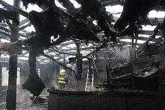 Požár restaurace ve Stříbrnicích.
