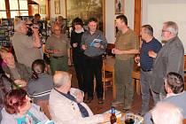 Po řadu let dokumentovali Jiří Blaha a Bořek Žižlavský společně s dalšími členy Expedice Chřiby studánky v celé oblasti Chřibů. Výsledky své badatelské práce – více než dvě stovky studánek – publikovali postupně ve třech svazcích