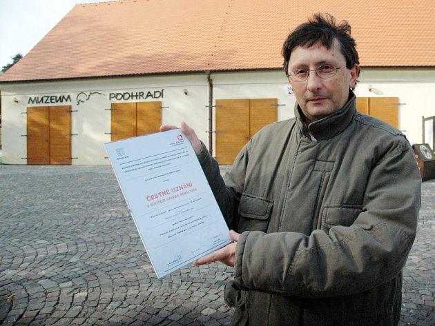 Nejen buchlovického místostarostu Bořka Žižlavského (na snímku) čestné uznání za realizaci muzea potěšilo.