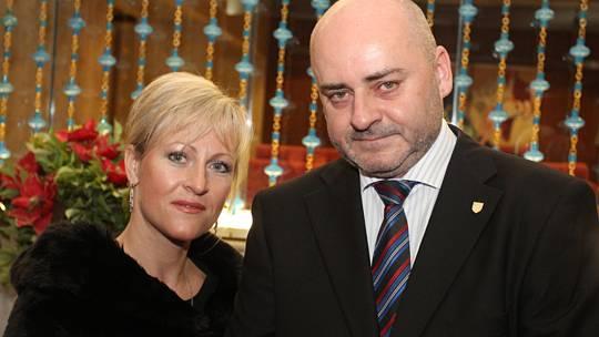 V žilách českého velvyslance v Íránu Svatopluka Čumby koluje slovácká krev, muzika a folklór. Narodil se v Kyjově a domov má ve Veselí nad Moravou.