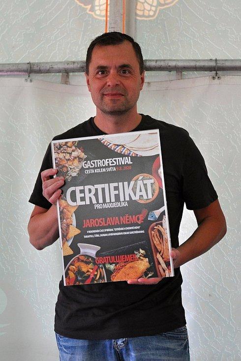 Maxijedlík Jaroslav Němec z Bystrého u Poličky na gastrofestivalu v Kunovicích na Uherskohradišťsku; neděle 9. srpna 2020
