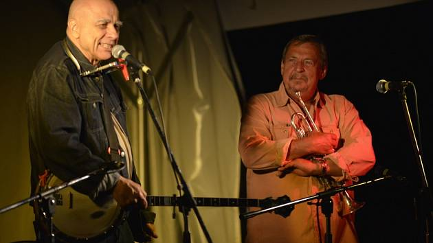 Ivan Mládek a jeho Banjo Band koncertovali na Salaši