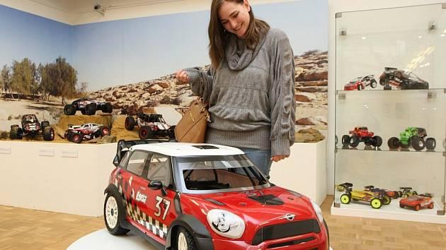 Výstava modelů na dálkové ovládání, Kdo si hraje, ovládá, ve Slováckém muzeu v Uherském Hradišti.