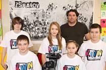 Malí filmaři z bánovské základní školy slaví nečekaný úspěch. V celosvětové soutěži KWN Panasonic na konci března zvítězili v národním finále a postoupili do evropského kola.