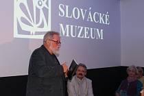 Publicista Jiří Jilík v prostorách Slováckého muzea v Uherském Hradišti ve středu 13. listopadu představil knihu Proti proudu času.