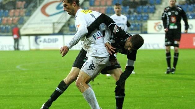 1. FC Slovácko vs. Hradec Králové - Zleva Libor Došek a Radek Hochmeister