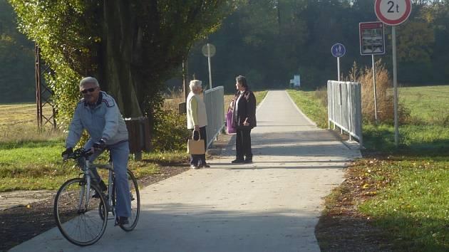 Cyklostezka v Kunovském lese. Ilustrační foto.