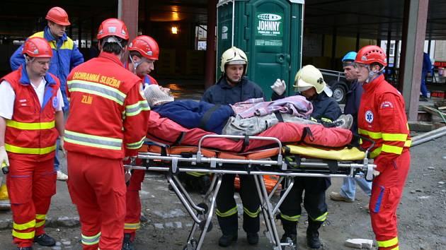 Zraněný dělník. Ilustrační foto