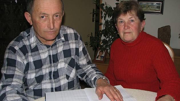 Marie a Vojtěch Lužovi zVelehradu vedou už léta denně záznamy o počasí.