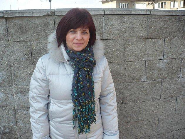 """Z krmení labutí a z procházky se psem, která se změnila v drama, se Hana Říhová vrátila jen díky odvážnému zásahu """"kolegy"""" Holého"""