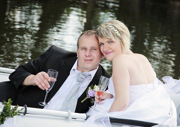 Soutěžní svatební pár číslo 234 - Kateřina a Vlastimil Zámečníkovi, Otrokovice.