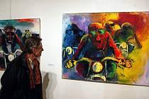 Výstava věnovaná Karlu Součkovi a jeho žákům je od čtvrtka k vidění v uherskohradišťské Galerii Slováckého muzea.