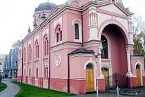 Budova Knihovny Bedřicha Beneše Buchlovana v Uh. Hradiště.