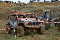 Mistrovství České republiky v offroad trialu vyvrcholilo závodem v pískovně v Boršicích.