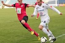 1. FC Slovácko - Mladá Boleslav. Zleva Jasmin Ščuk a Jiří Skalák.