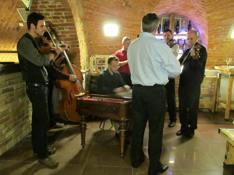 První akce v nově otevřené Galerii vín v Uherském Hradišti.