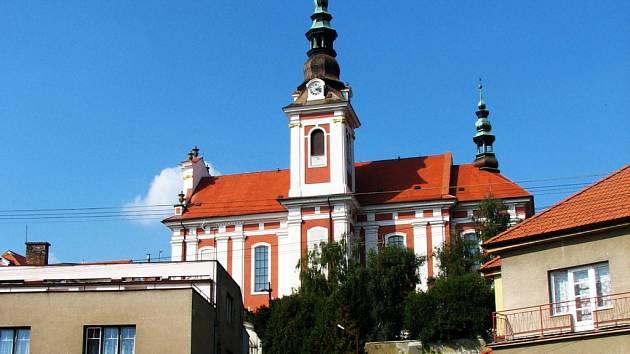 Kostel sv. Petra a Pavla v Polešovicích.