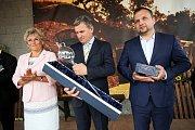Slavnostní vyhlášení výsledků X. ročníku soutěže TOP Víno Slovácka 2017 v Polešovicích. Jedná se o regionální ocenění nejlepších vín Slovácka